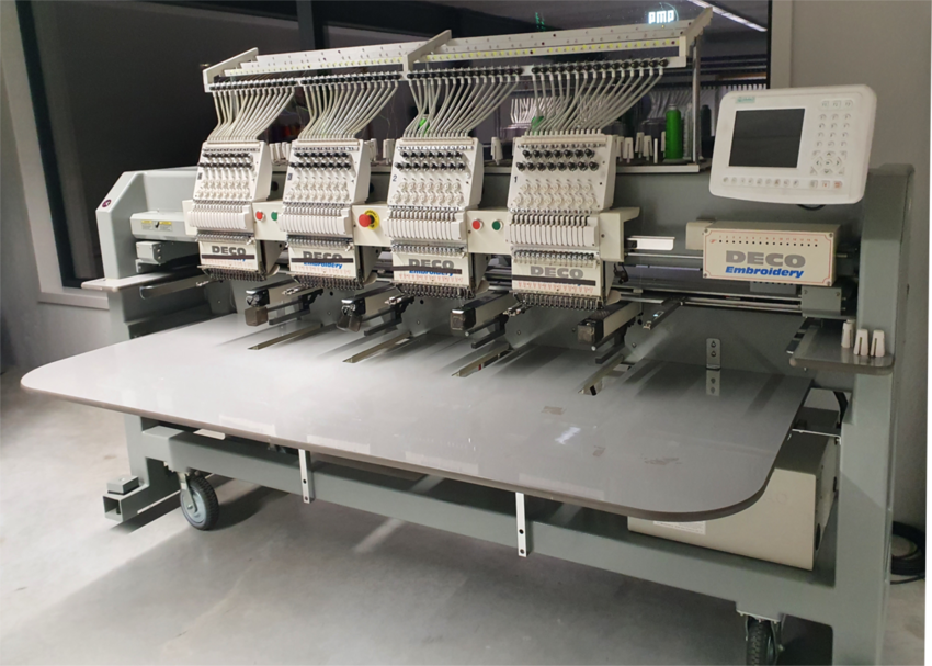 Deco Embroidery 4 kops borduurmachine 2° hands 15 000 euro